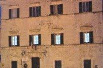 Il Colosseo? Uno spartitraffico